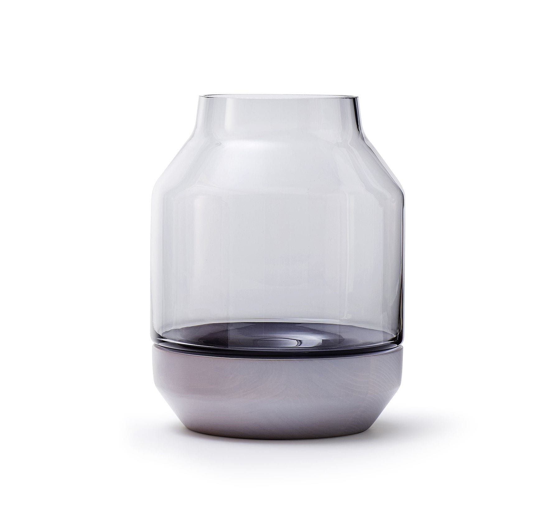 Elevated vase Muuto