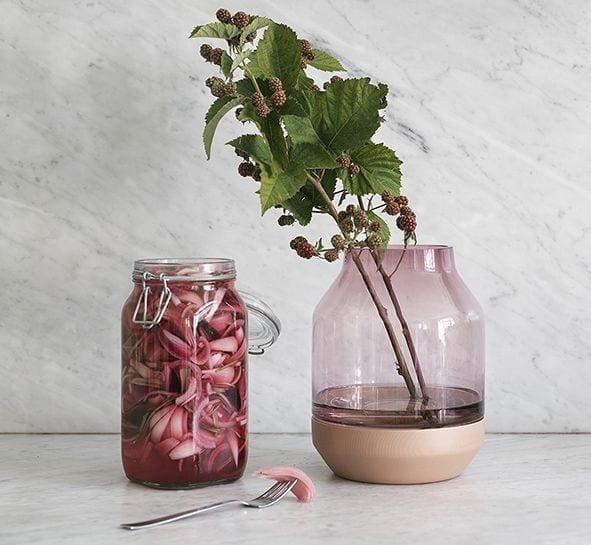 Elevated vase - Rose - Muuto - Songes - Creativ Boards