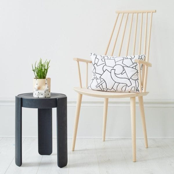 Chaise J110 - Blanc - Hay - Songes - j110-chair-and-pal-stool_1024x1024