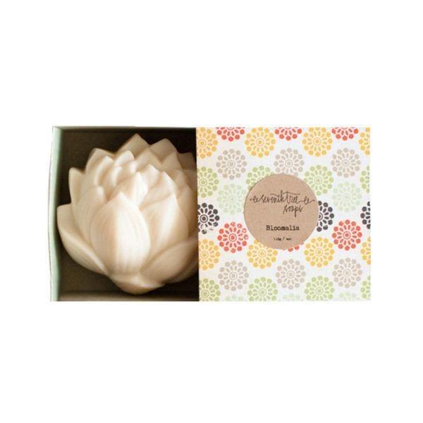 Lotus - Patchouli & Rose - Seventh Tree Soaps - Songes - lotus_patchouli_rose01