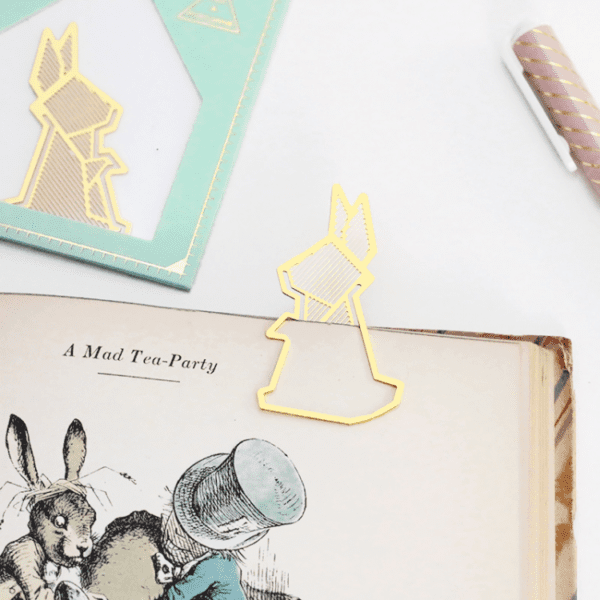 Marque-page doré - Lapin - Hug a Porcupine - Songes - rabbite-gold-bookmark01