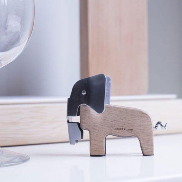 Tire-bouchon - Éléphant - Kikkerland - Songes - tire-bouchon-elephant-kikkerland03