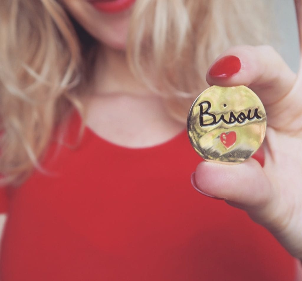 Pin's - Bisou