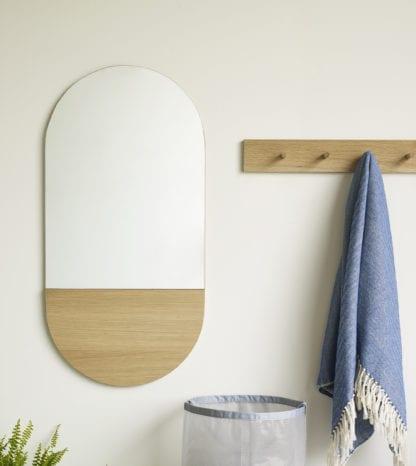 Miroir – Allongé en bois