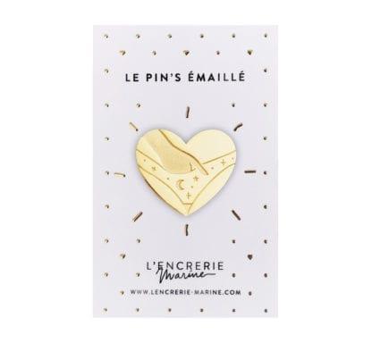 Pin's émaillé - Au naturel - Culotte